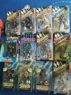 Bulk lot of 12 Spawn figurines/ Action figures