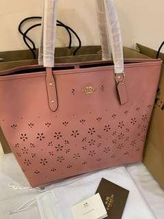 Ready stock authentic coach 28973 women totes bag in pink