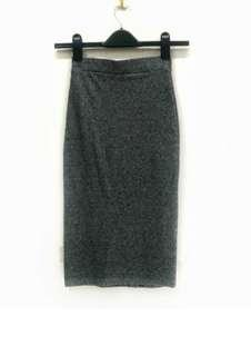 H&M Pencil Skirt. Stretchable Material. Made in India