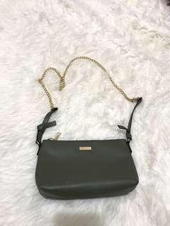 P&B Sling Bag Olive