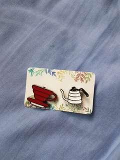 🚚 Enamel coffee pins