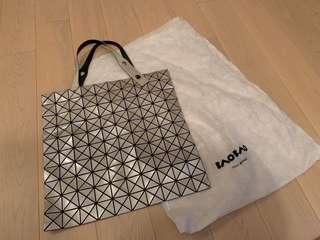 Brand New Issey Miyake baobao tote bag (bao bao)