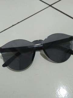 Kacamata Jelly Black