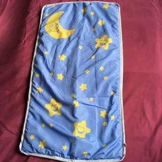 ✈️SINGAPORE AIRLINES✈️ SQ Moon & Stars Blanket/ Comforter/ Cushion Pad C/W Dust Bag/ Cover
