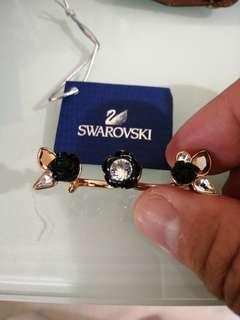 Swarovski 介子