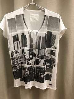 Calvin Klein loose fits T-shirt