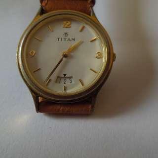 Titan Quartz White Round Dial Watch