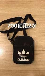 Adidas小包