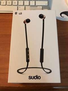 🚚 Sudio earphones