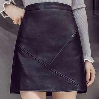 leather skirt黑色半身裙