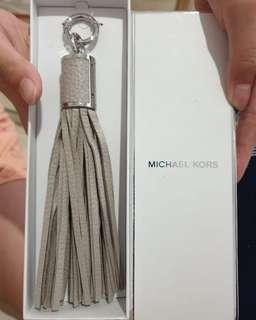 Gantungan tas michael kors authentic