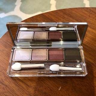 BN Clinique all about shadow quad / eyeshadow palette