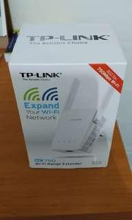 TP- Link 750Mbps 802.11ac Wifi Range Extender ( Model RE-210 )