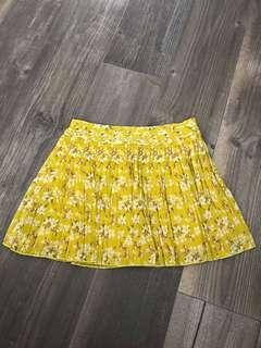 American Eagle floral pleated skirt