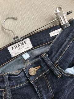 FRAME // Size 25 // Dark Wash Skinny Jean