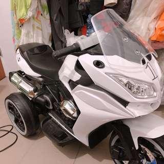 TECHONE MOTO10 兒童電動三輪重機/炫彩發光車輪/雙驅啟動