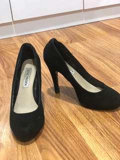 Steve madden suede high heels