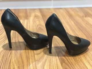 Aldo black lather high heels