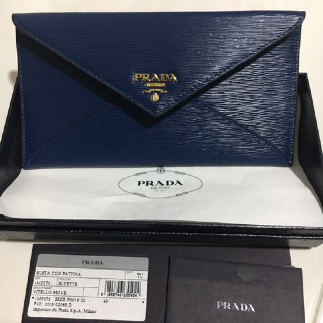 ddff47820e1e Prada Wallet- can fit iPhone XR , Luxury, Bags & Wallets on Carousell