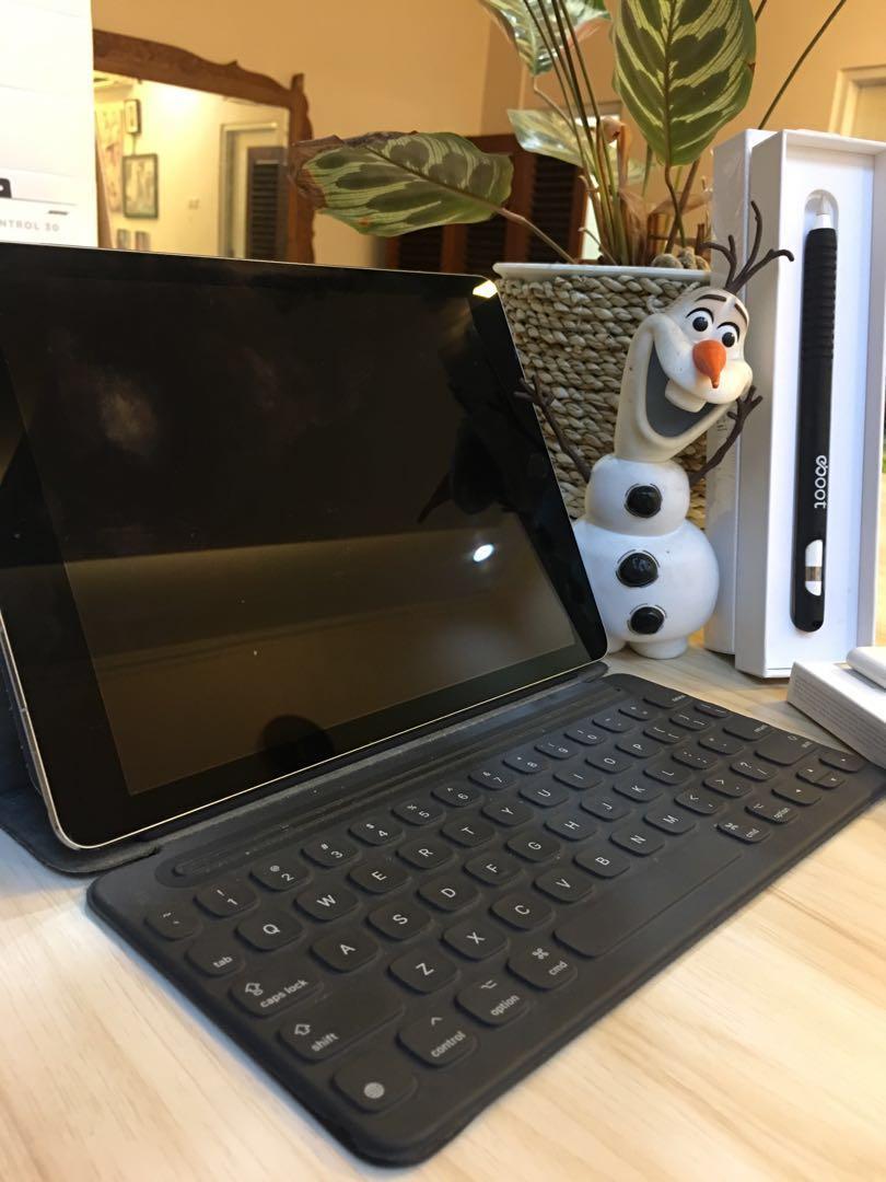 """Apple iPad Pro Cellular-  9.7"""" 256GB - Complete Set"""