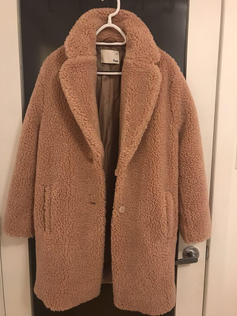 """Aritzia Wilfred Free «The Teddy Cocoon"""" coat in M"""