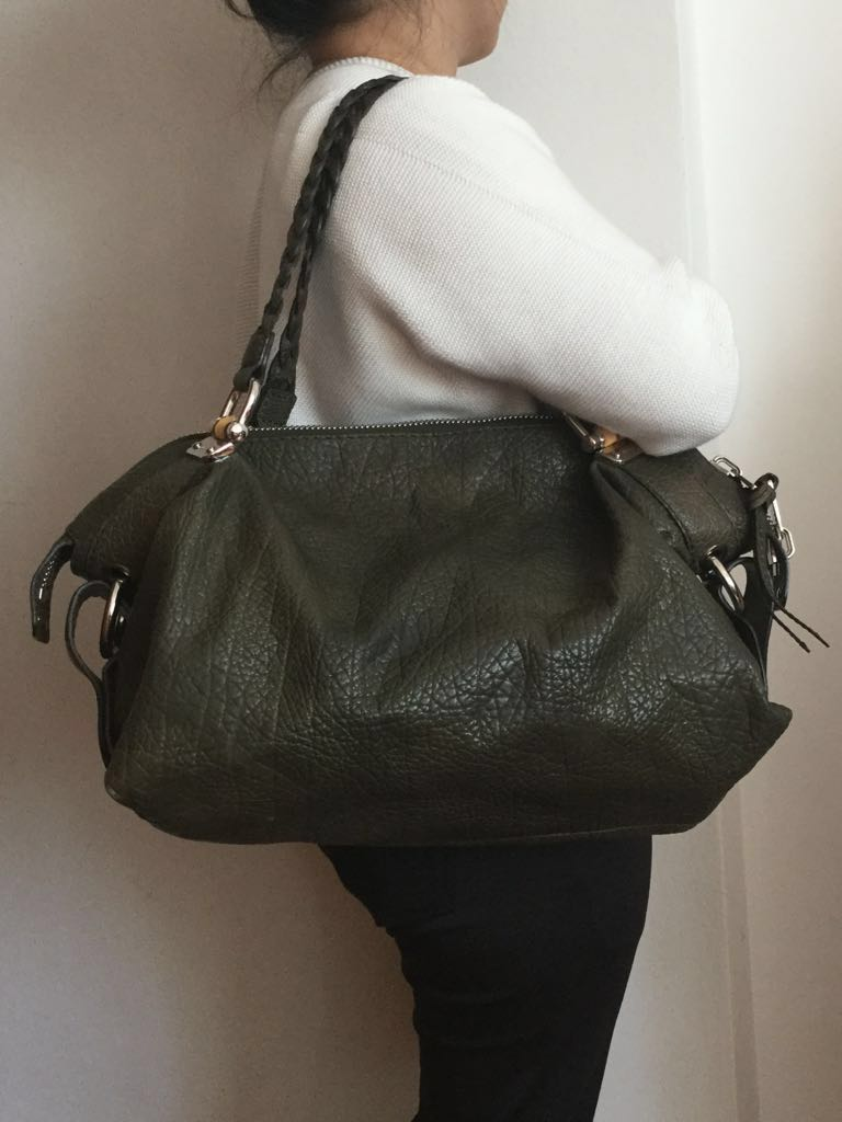 c009518aebf Auth GUCCI Bamboo Bar Olive Green Pebbled Leather Shoulder Bag ...
