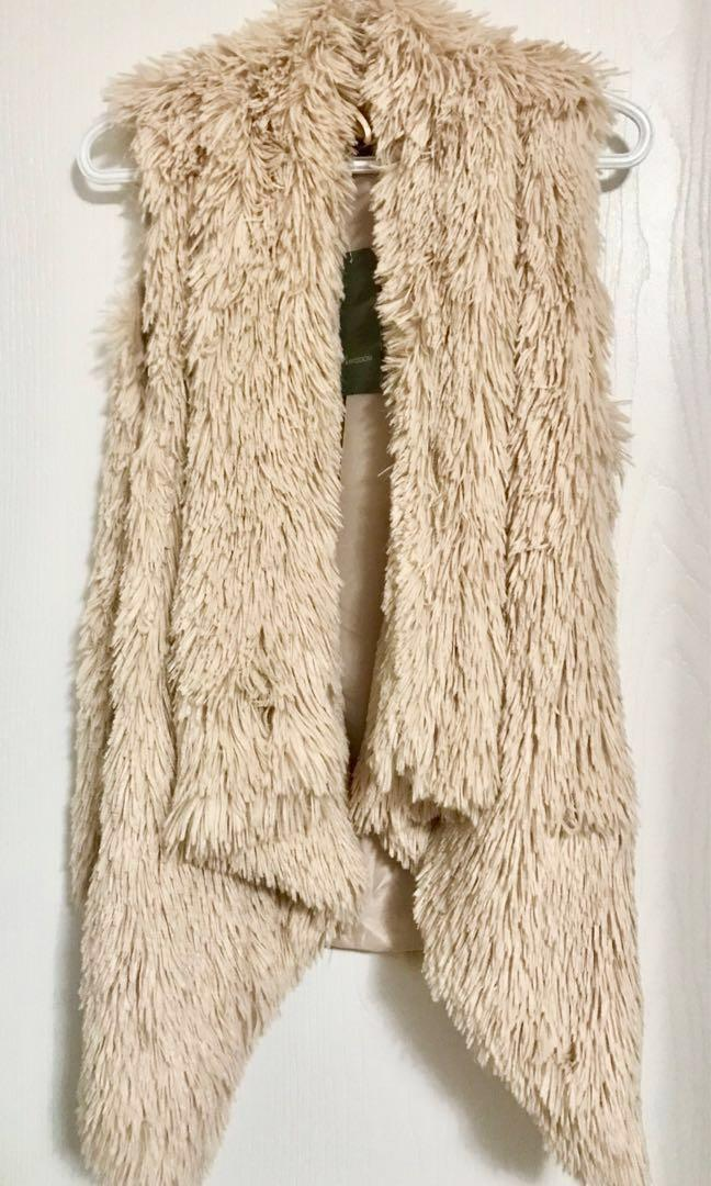 BNWT Faux Fur Vest
