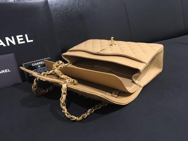 Chanel M/L caviar with 24 k gold plated HW