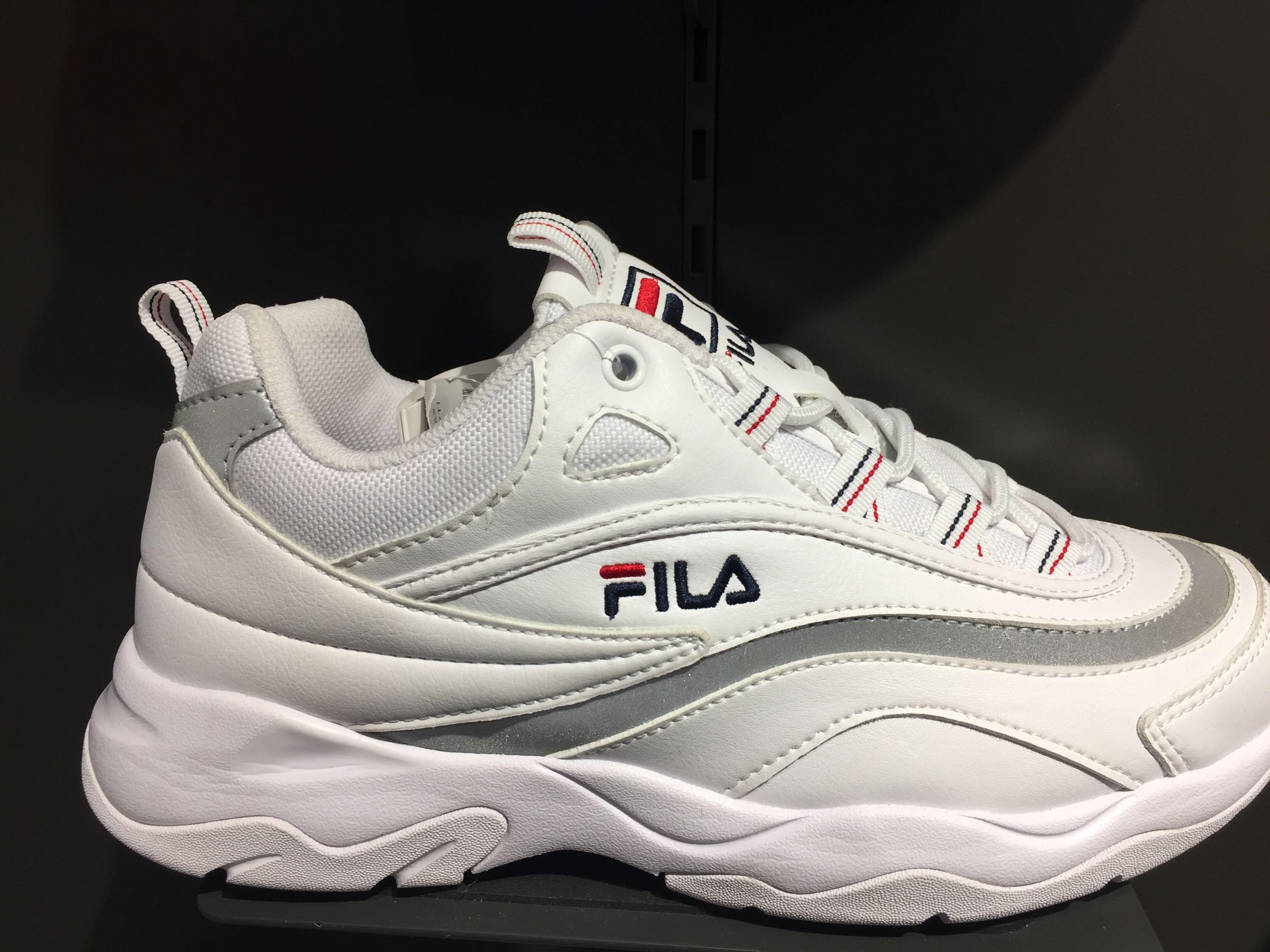 Fila ray shoes grey, Women's Fashion