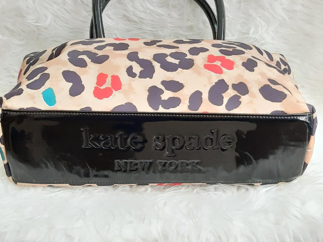 Fixed Price.. No Nego...  Authentic Kate Spade Shopping Tote😍😎😎