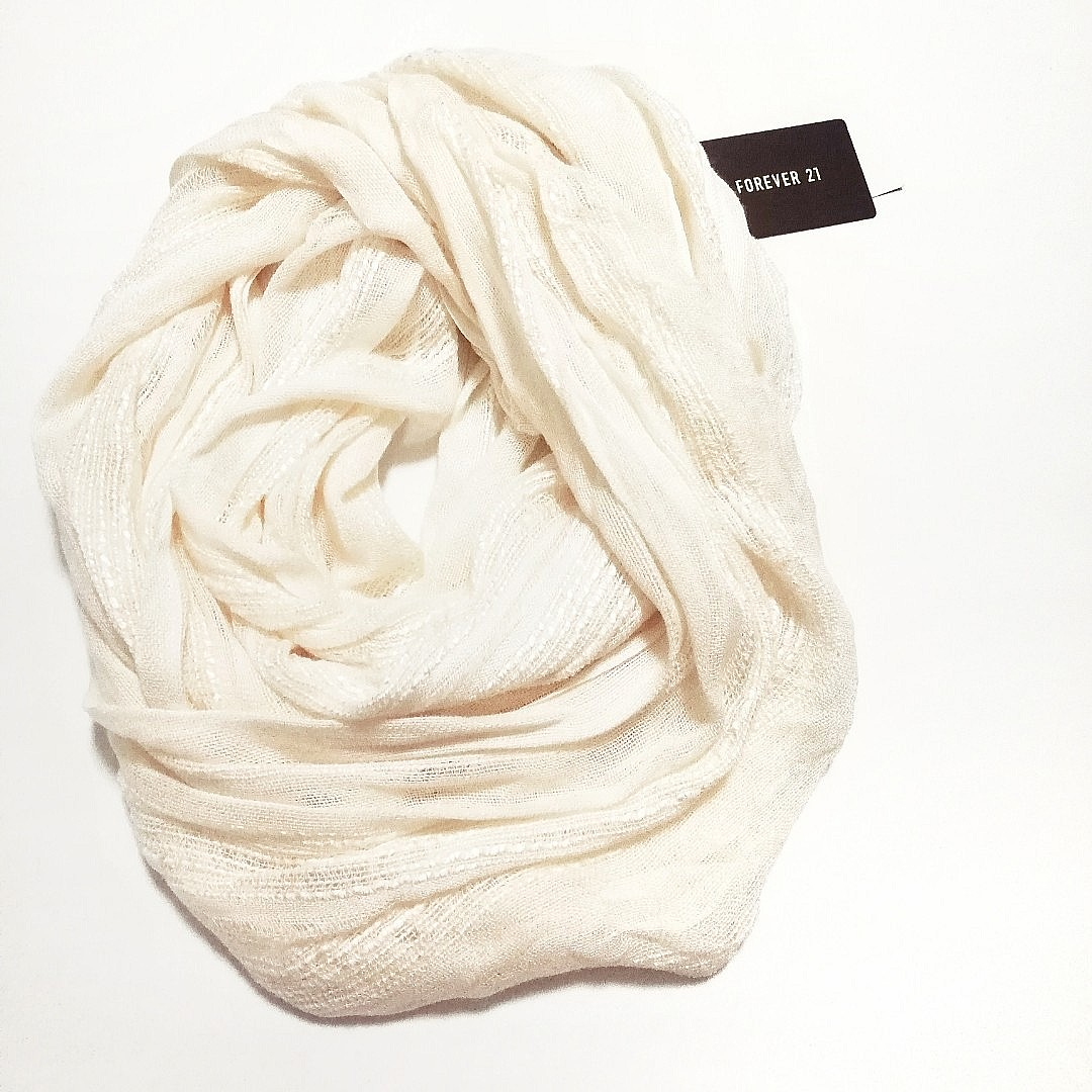 8166ed18087 FOREVER 21 Infinity Scarf