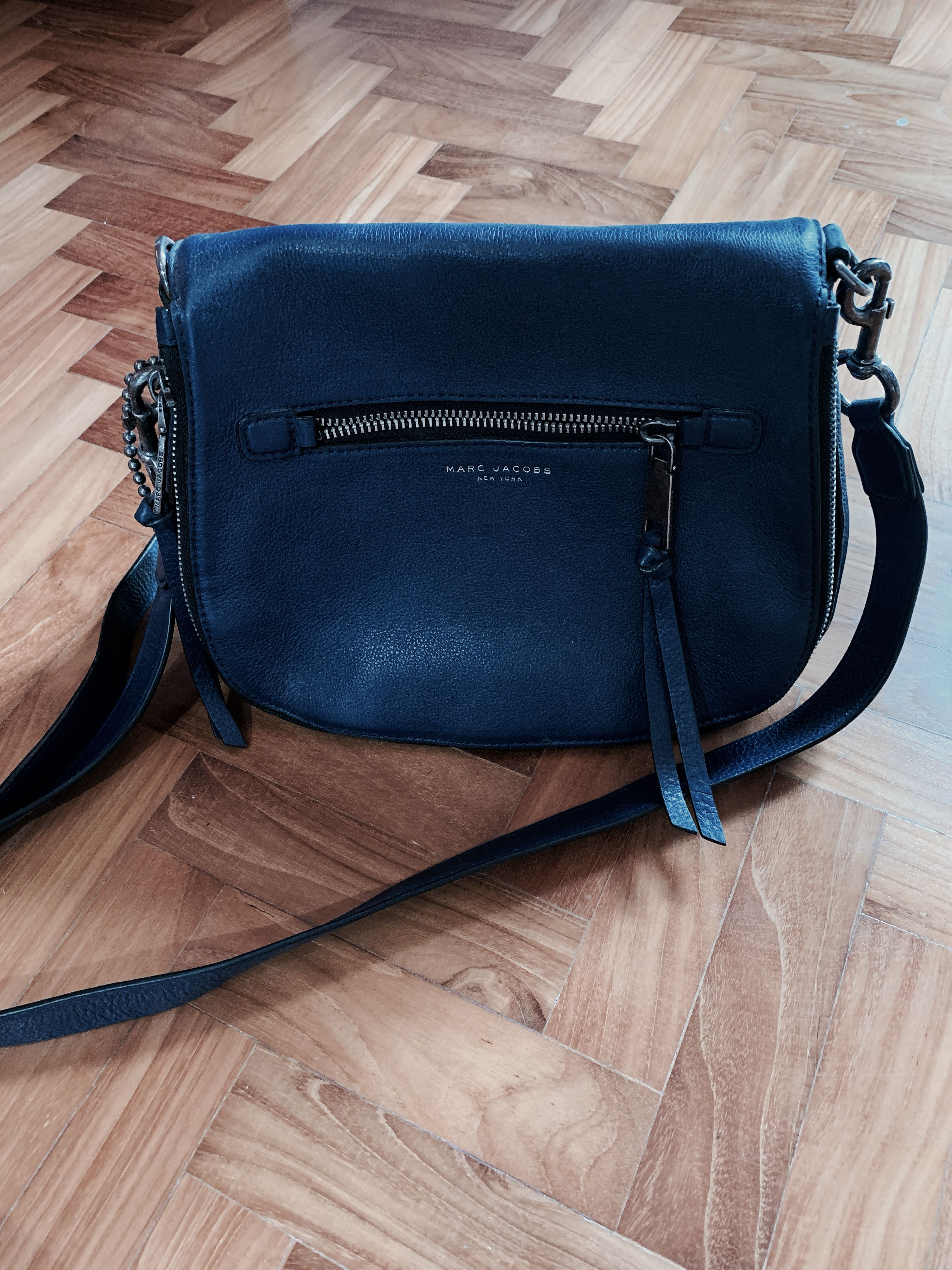 729b8035f9b5 ... Handbags. photo photo photo photo photo