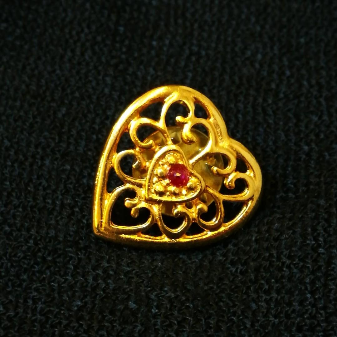 PRE💙D Vintage Filigree Gold Tone Heart Lapel Pin with Red