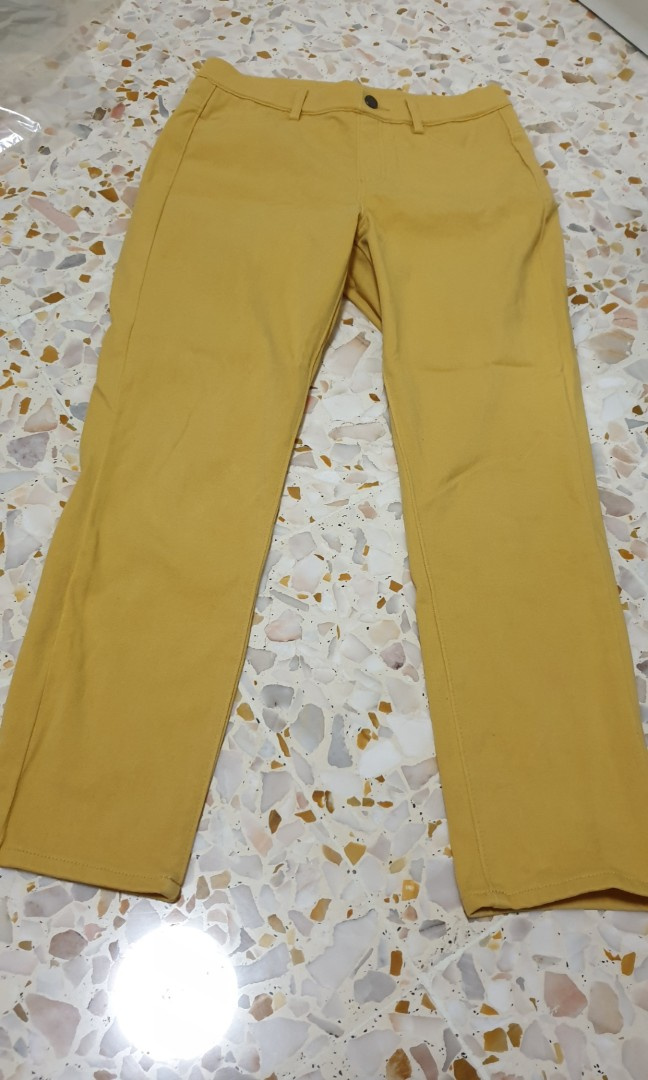 ded0361dbf9b2 Uniqlo jeggings, Women's Fashion, Clothes, Pants, Jeans & Shorts on ...