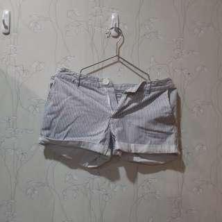 (免運)net 超實搭灰白條紋短褲