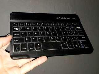 Kate Spade Bluetooth Keyboard