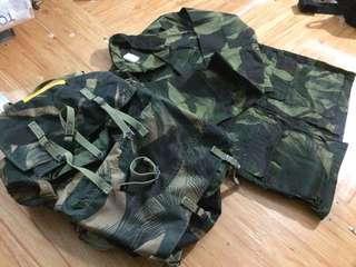 Baju dan Beg Askar / tentera darat loreng berus vintage