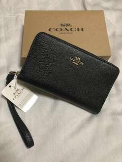 🚚 Coach Phone Wallet