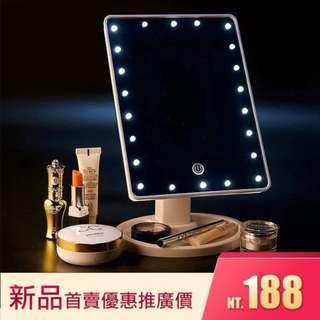 🚚 【新品優惠,現貨供應,網美必備】LED 化妝鏡全新22燈360度旋轉鏡面電池款梳妝鏡 公主鏡 化妝鏡子