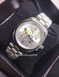 特價包平郵-全新Snoopy鋼帶手錶⌚️