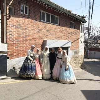 TOUR GUIDE IN SEOUL