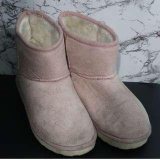 Winter Boots! (Pink)