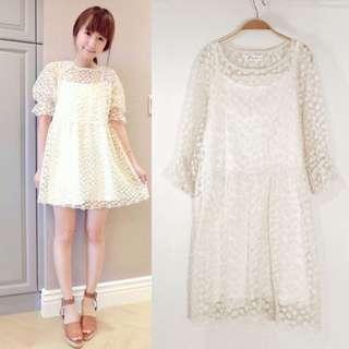 轉賣二手PAZZO甜美浪漫小花刺繡蕾絲透膚米白兩件式洋裝 M號
