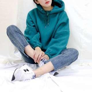 🚚 孔雀藍 帽T