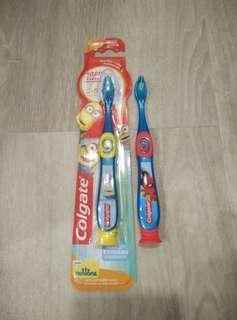 🚚 Colgate Kids Toddler Toothbrush Minions Spiderman