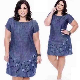 Fashionable plus-size dress