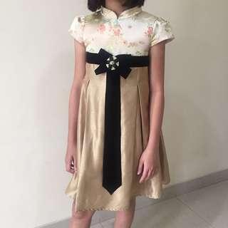 Gold Dress #ibuhebat