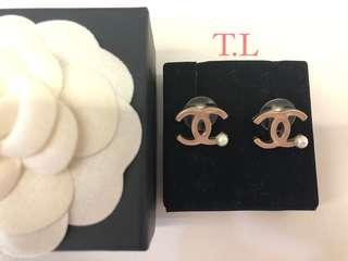 🚚 Preloved Chanel Earrings