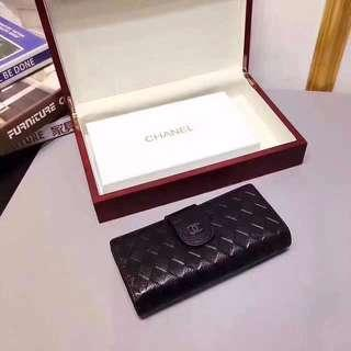 🚚 Chanel Black Leather Long Wallet