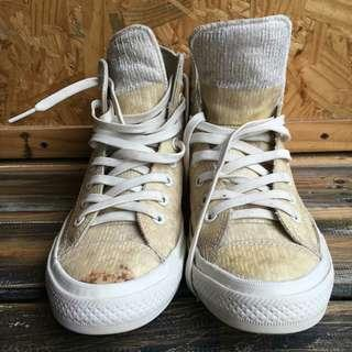 Converse all star chuck taylor ll water rapelent